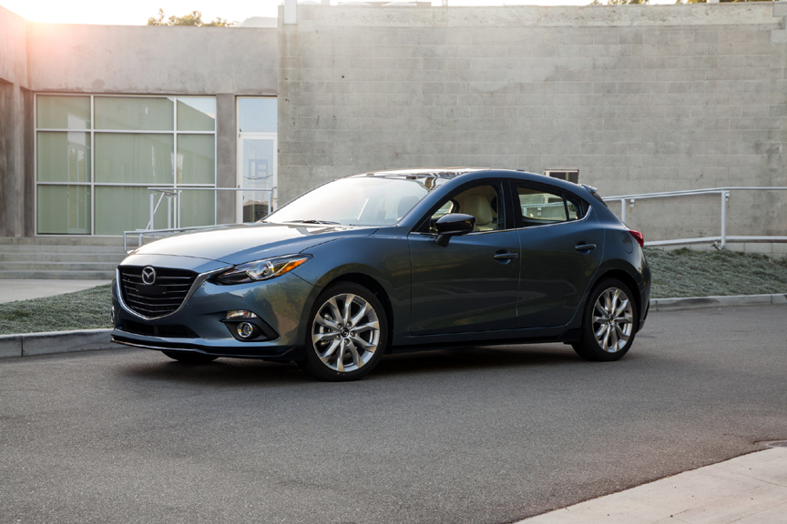 2017 mazda 3 hatchback gs manual