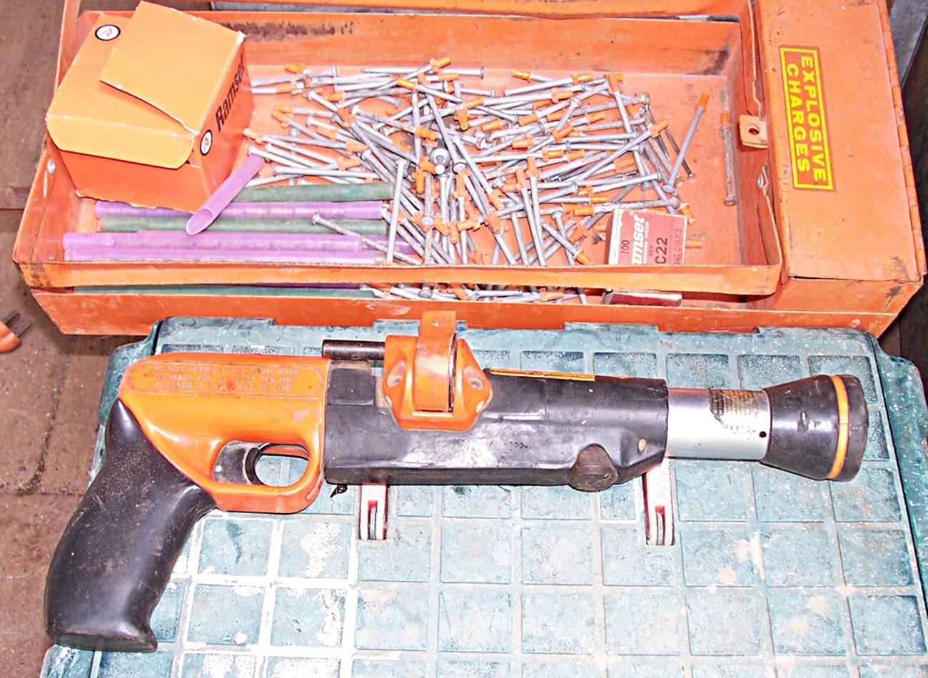 examples of manual handling toolbox talk