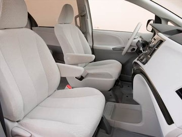 2014 toyota sienna le owners manual