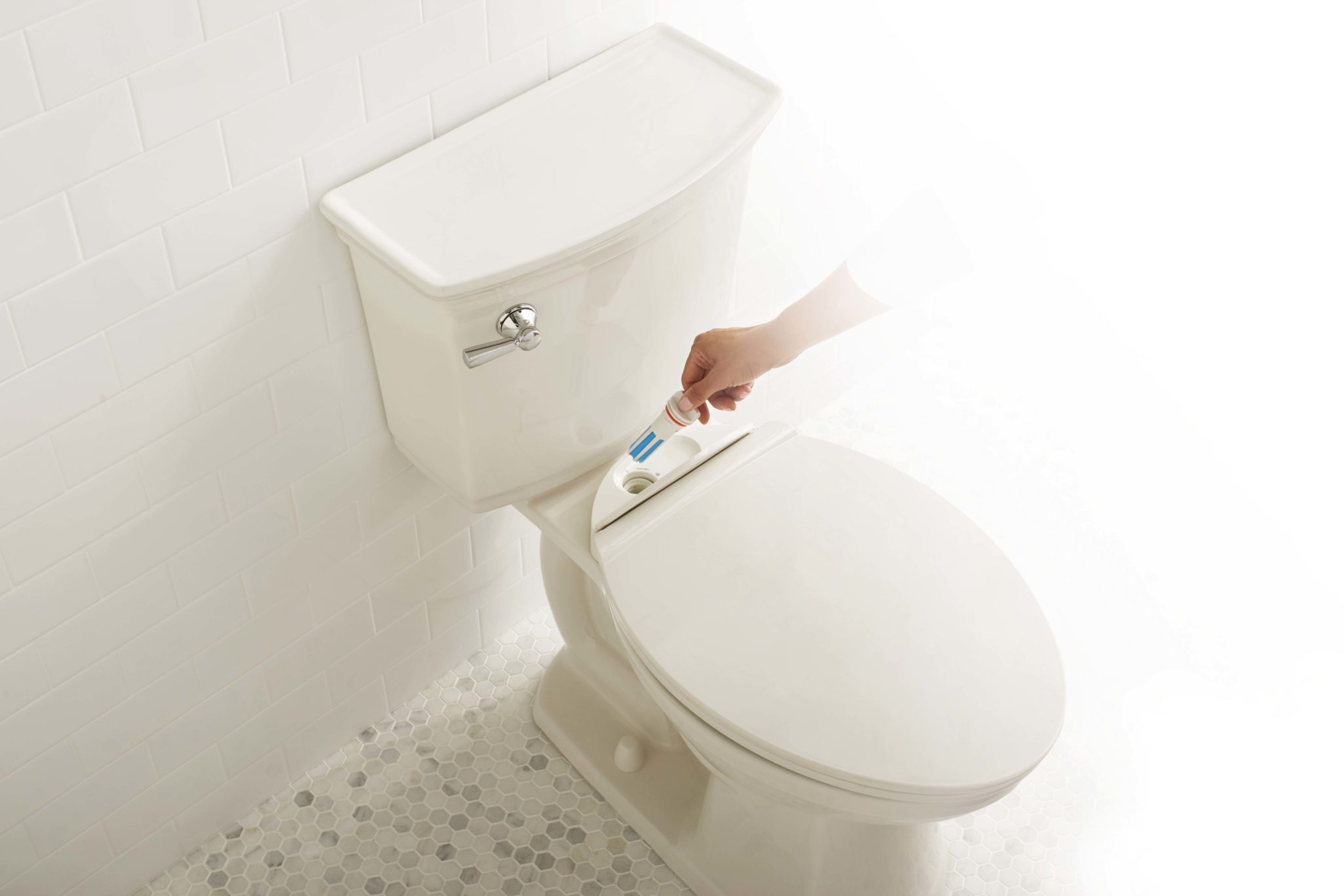 no touch flush american standard toilet manually