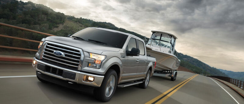 ford manual vs auto towing mpg